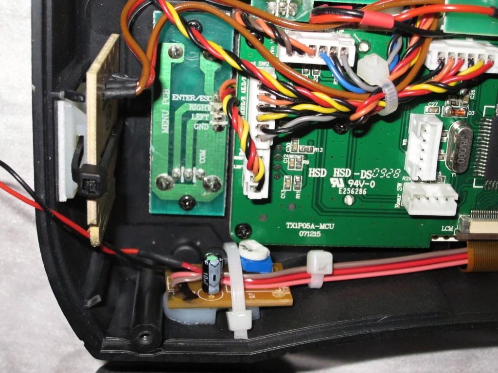 Integrovaná-nabíječka-DX6i-(9)